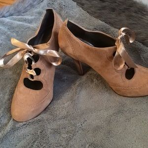 Talbots Lace Up Suede Heels Leather Sole 9.5